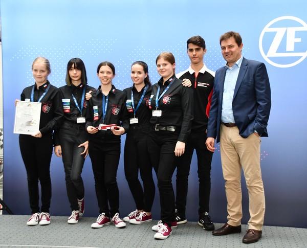 7. Platz Junioren-Team Rose Shadow Formel 1 in der Schule Deutsche Meisterschaft 2018
