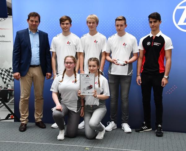 14. Platz Senioren-Team Spectrum Formel 1 in der Schule Deutsche Meisterschaft 2018