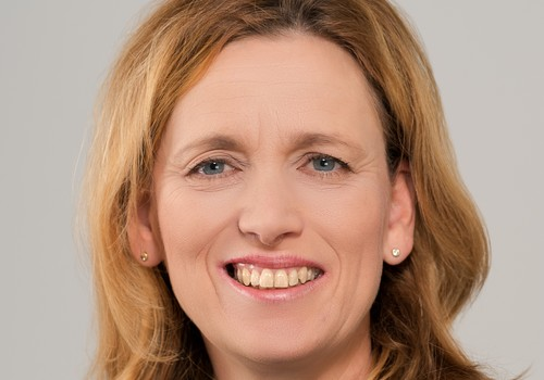 Ministerin Karin Prien engagiert sich im Kuratorium
