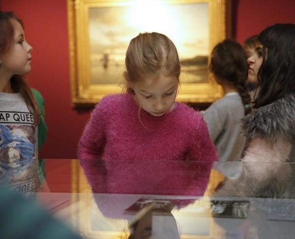 Mädchen im Altonaer Museum