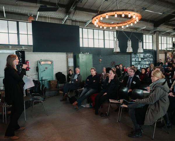 """Plenum Julie Aldridge, Symposium """"Das relevante Museum"""""""